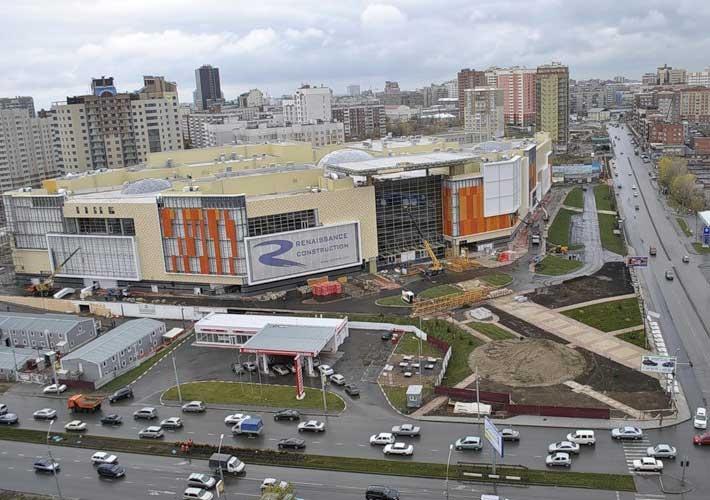 Новосибирск. Торговый центр Аура